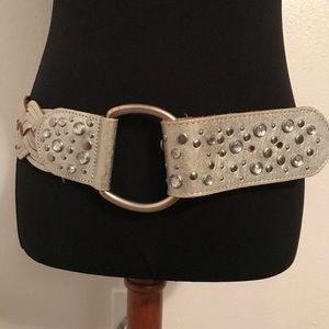 🌺BOGO🌺 Bebe Silver Leather & Rhinestone Belt